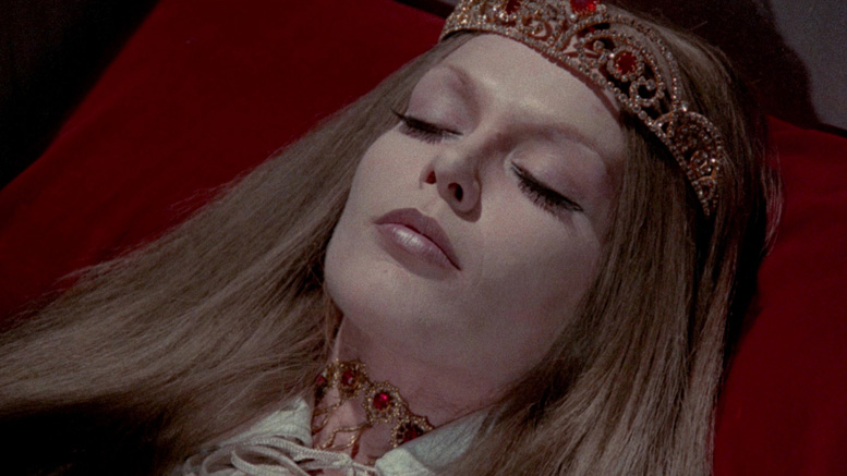 Teresa Gimpera as the atypically blonde vampiress in Crypt of the Living Dead