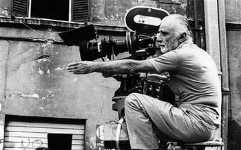 Mario Monicelli on the set of Camera D'Albergo