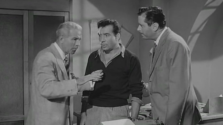 Richard McNamara in Totò nella luna, with Ugo Tognazzi and Jim Dolen